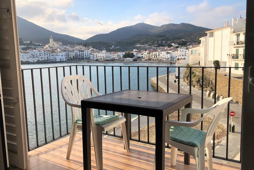 241-Atic-lloguer-cadaques-atico-alquiler-cadaques-penthouse-rental-cadaques-attique-location-cadaques-immobiliaria-inmobiliaria-real-estate-agency-agence-immobilière-2