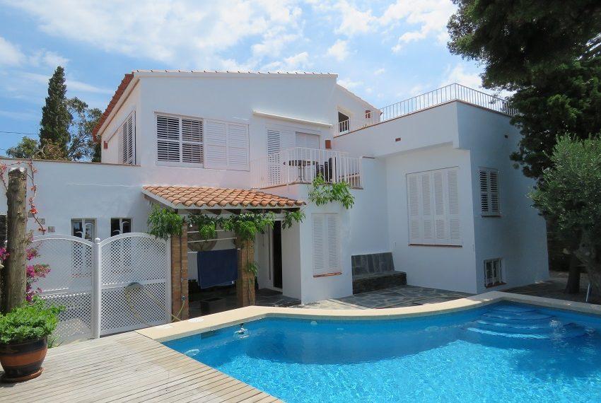 302-casa-alquiler-cadaques-maison-location-rental-home-casa-lloguer-cadaques-pool-picina-piscina-picine-1
