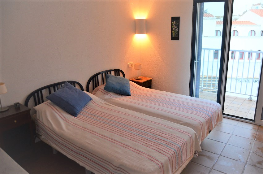 333-lloguer-apartament-cadaques-alquier-apartamento-cadaques-location-cadaques-rental-cadaques-16 (2)