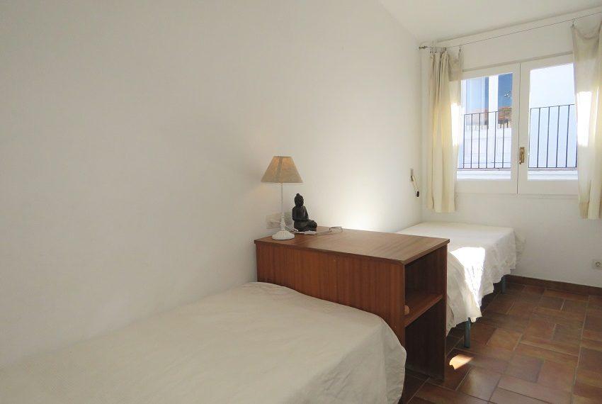 apartamento-atico-alquiler-cadaques-playa-portalguer-10