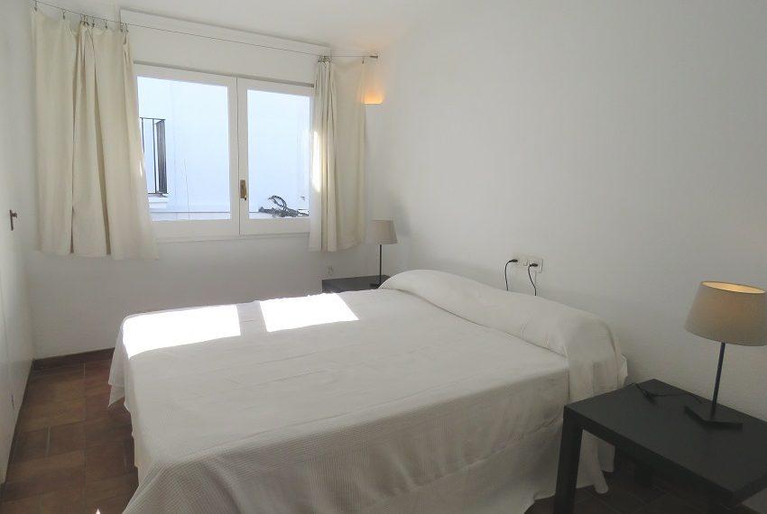 apartamento-atico-alquiler-cadaques-playa-portalguer-9